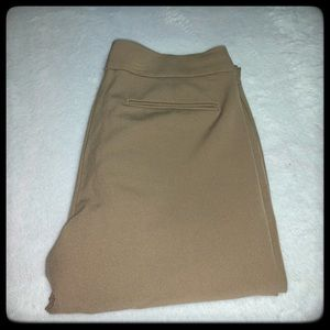 Ann Taylor beige 6P pants perfect for work